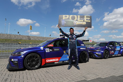 Polesitter Gianni Morbidelli, West Coast Racing, Volkswagen Golf GTi TCR