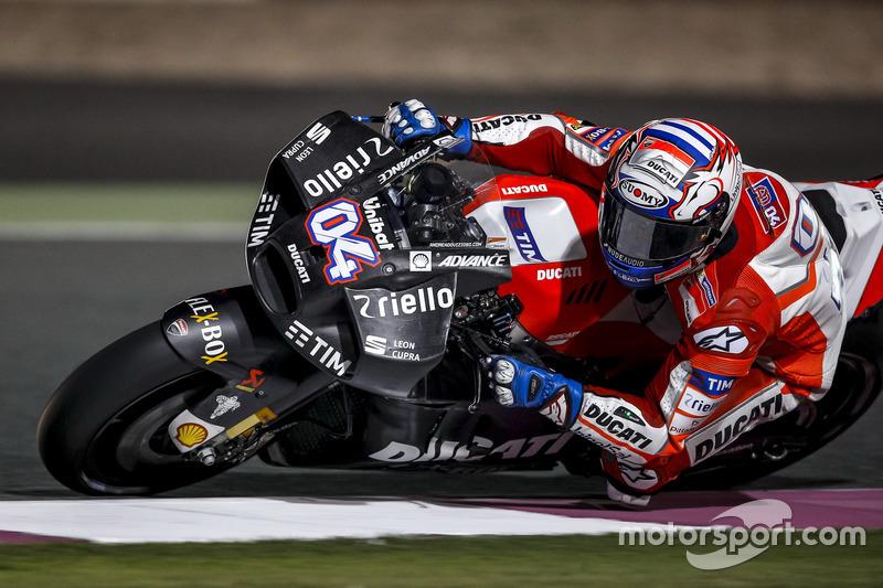 Nuevo carenado con distribuidores de flujo de Ducati durante el test de Qatar