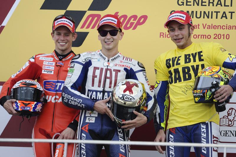 Подіум: переможець гонки Хорхе Лоренсо, Yamaha; друге місце Кейсі Стоунер, Ducati; третє місце Валентино Россі, Yamaha
