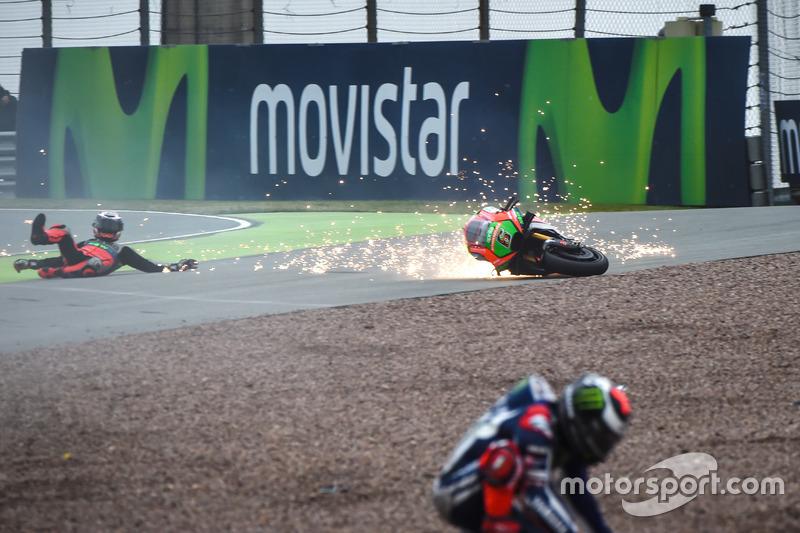 Stefan Bradl, Aprilia Racing Team Gresini y Jorge Lorenzo, Yamaha Factory Racing accidente