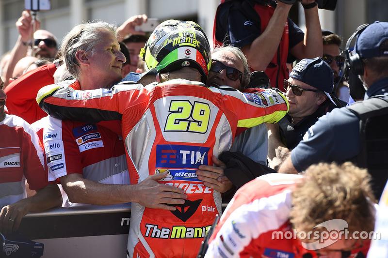 Il poleman Andrea Iannone, Ducati Team