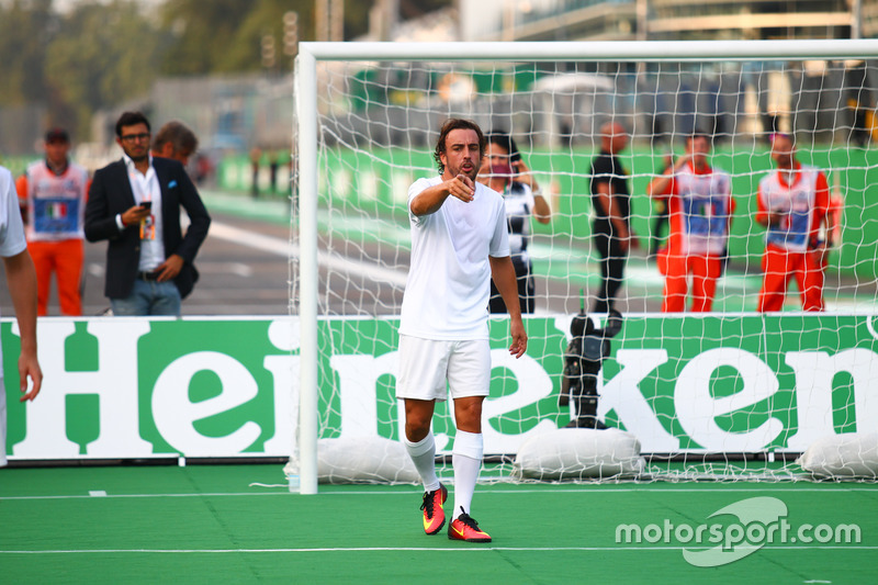 Fernando Alonso, McLaren at the charity 5-a-side football match