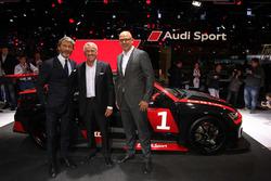 Audi RS3 LMS. Stephan Winkelmann, Marcello Lotti e Chris Reinke