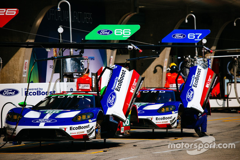#66 Ford Chip Ganassi Racing Team UK, Ford GT: Olivier Pla, Stefan Mücke; #67 Ford Chip Ganassi Racing Team UK, Ford GT: Andy Priaulx, Harry Tincknell