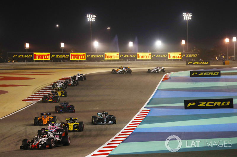 Kevin Magnussen, Haas F1 Team VF-18 Ferrari, Esteban Ocon, Force India VJM11 Mercedes, Nico Hulkenberg, Renault Sport F1 Team R.S. 18, Lewis Hamilton, Mercedes AMG F1 W09, Fernando Alonso, McLaren MCL33 Renault