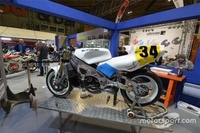 Schwantz 1989 RGV500 restoration