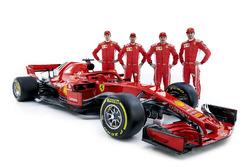 Sebastian Vettel, Ferrari, Kimi Raikkonen, Ferrari, Daniil Kvyat, Ferrari piloto de desarrollo, Antonio Giovinazzi, Ferrari piloto de reserva