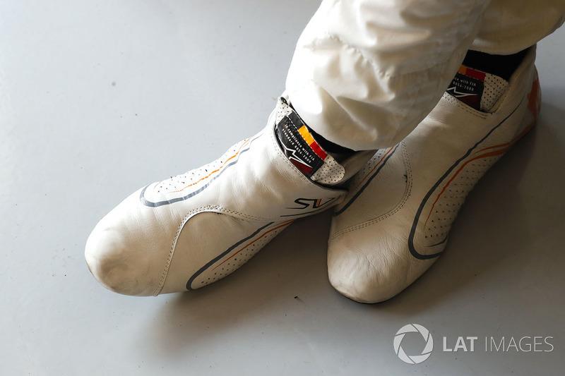 Los botines de Stoffel Vandoorne, McLaren