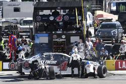 Kevin Harvick, Stewart-Haas Racing, Ford Fusion Jimmy John's, makes a pit stop