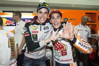 Le Champion du monde Marc Marquez, Repsol Honda Team, et Alex Marquez, Marc VDS