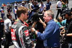 Martin Brundle, Sky TV talks with Romain Grosjean, Haas F1