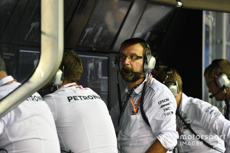 Mercedes AMG F1 pit wall gantry