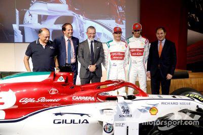 La decoración de Alfa Romeo en Monza