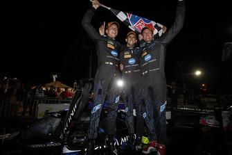 #10 Wayne Taylor Racing Cadillac DPi, P: Renger van der Zande, Jordan Taylor, Ryan Hunter-Reay, Victory Lane