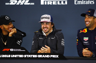 Lewis Hamilton, Mercedes AMG F1, Fernando Alonso, McLaren, and Daniel Ricciardo, Red Bull Racing, in the press conference.