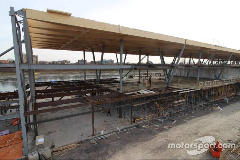 Будівництво нового паддоку траси Монреаля