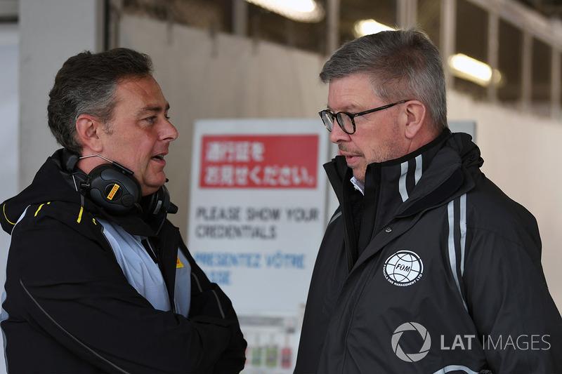 Mario Isola, director de Pirelli y Ross Brawn, director deportivo de la Fórmula 1