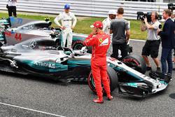 Valtteri Bottas, Mercedes AMG F1, Sebastian Vettel, Ferrari y Lewis Hamilton, Mercedes AMG F1 con Jenson Button