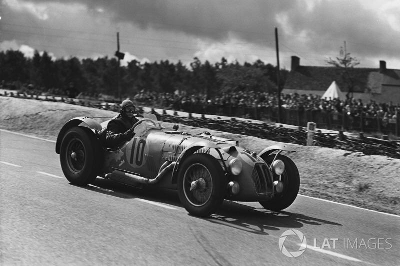 1951 год. Экипаж Пьера Левега и Рене Маршана, Talbot Lago