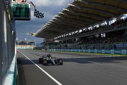 Polesitter: Lewis Hamilton, Mercedes-Benz F1 W08