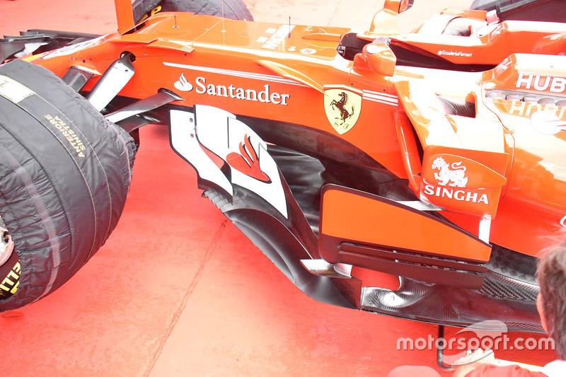 Ferrari Ferrari SF70H, side