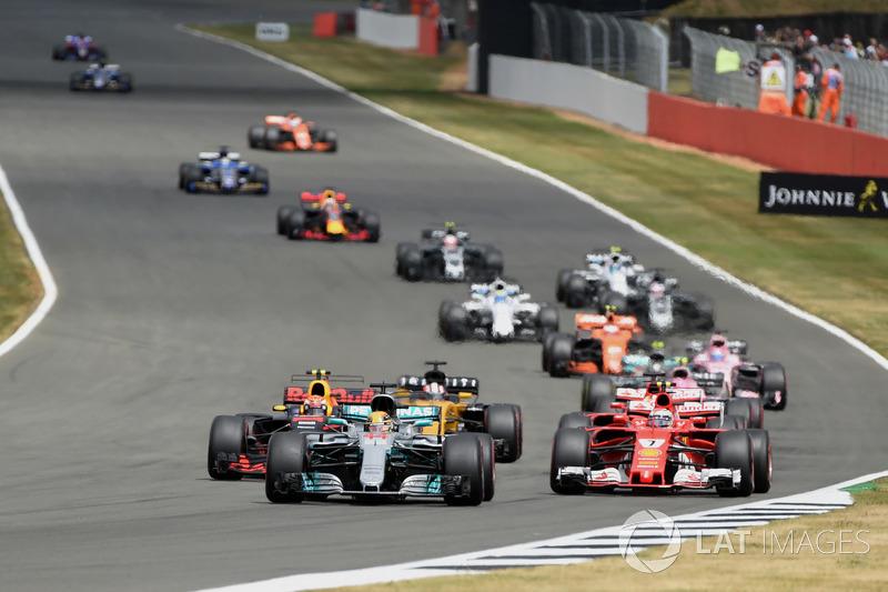 Хэмилтон подбирается к Шумахеру по количеству возглавляемых гонок