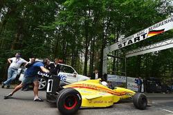 Start, Daniel Allais, Reynard 97D Judd