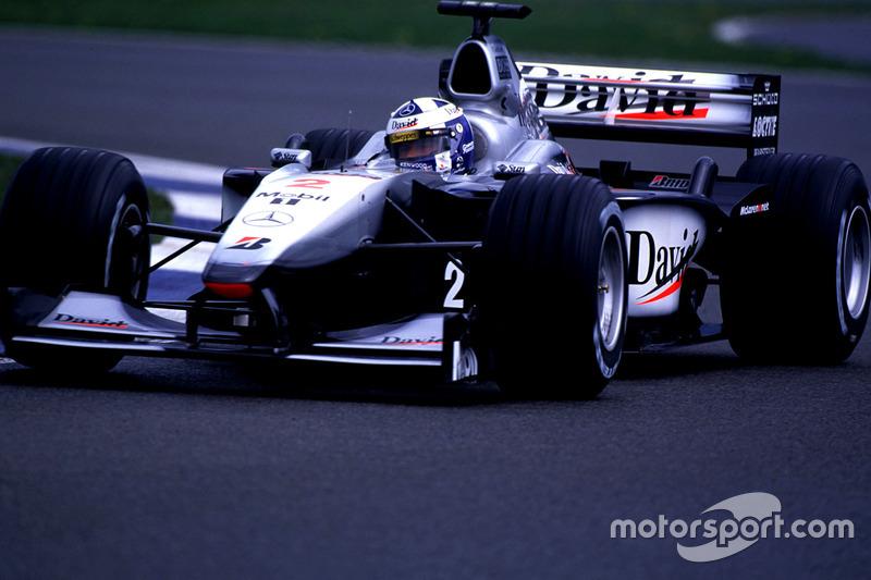 2000. Подіум: 1. Девід Култхард, McLaren-Mercedes. 2. Міка Хаккінен, McLaren-Mercedes. 3. Міхаель Шумахер, Ferrari