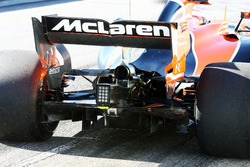 Stoffel Vandoorne, McLaren MCL32 rear diffuser and rear wing detail