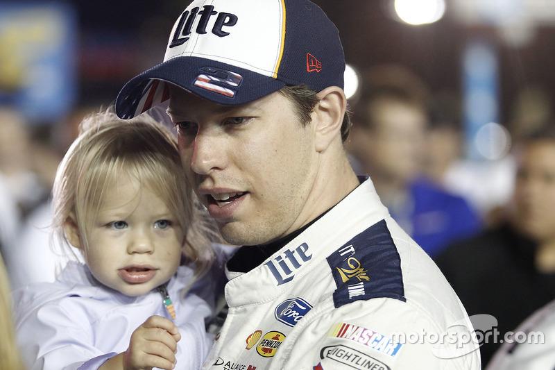 Brad Keselowski mit Tochter Scarlett