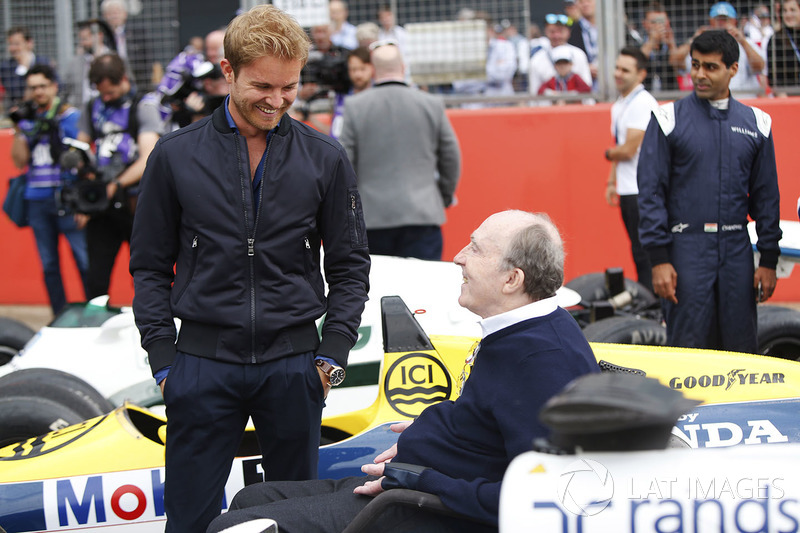 Nico Rosberg spricht mit Sir Frank Williams