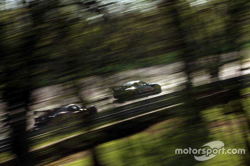 #77 PROTON Competition, Porsche 911 RSR: Christian Ried, Matteo Cairoli