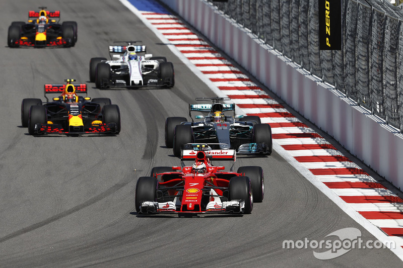 Kimi Raikkonen, Ferrari SF70H, Lewis Hamilton, Mercedes AMG F1 W08, Max Verstappen, Red Bull Racing RB13, Felipe Massa, Williams FW40, Daniel Ricciardo, Red Bull Racing RB13