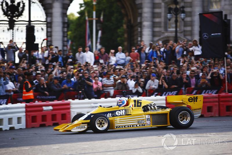 Jolyon Palmer, Renault Sport F1 Team RS01