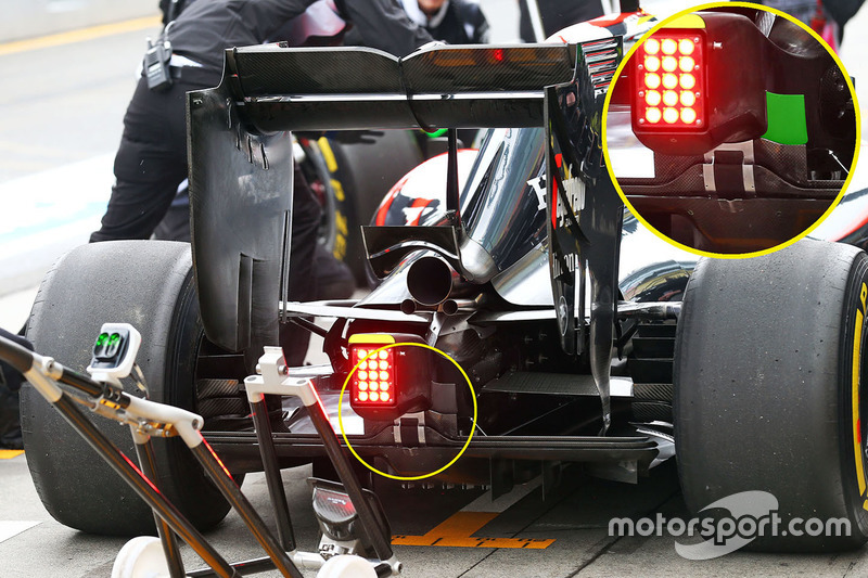 McLaren MP4-31 rear detail