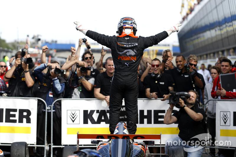 Winnaar Joseph Mawson, Van Amersfoort Racing
