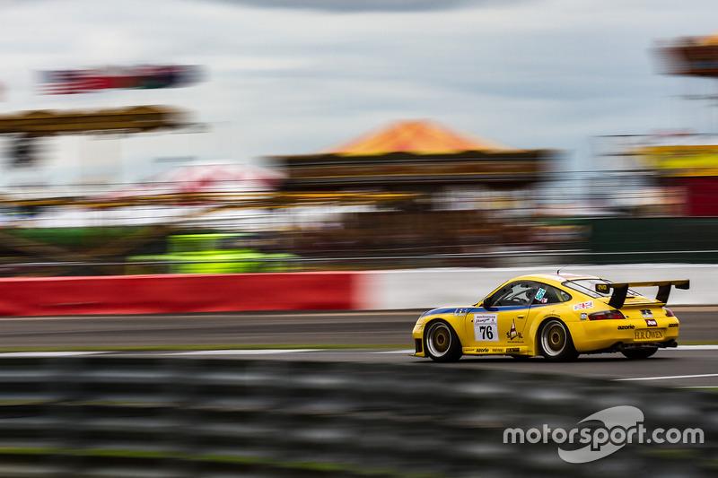 Porsche 911 GT3 RS 996