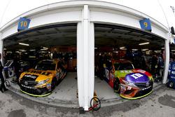 Matt Kenseth, Joe Gibbs Racing Toyota Kyle Busch, Joe Gibbs Racing Toyota