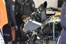 McLaren MCL32: Kühler