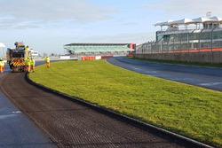Silverstone pisti yenileme çalışmaları