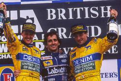 Podio: il vincitore della gara Alain Prost, il secondo classificato Michael Schumacher, il terzo classificato Ricardo Patrese