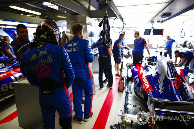 Pierre Gasly, Toro Rosso, in the team's garage