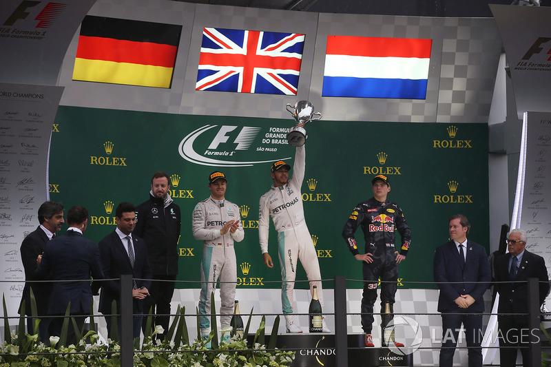 Apesar de números tão ricos, Hamilton tem apenas uma vitória no GP do Brasil, mas o triunfo foi com a Mercedes, em 2016.