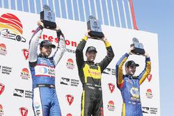 Sébastien Bourdais, Dale Coyne Racing with Vasser-Sullivan Honda, Graham Rahal, Rahal Letterman Lanigan Racing Honda, Alexander Rossi, Andretti Autosport Honda celebrate on the podium