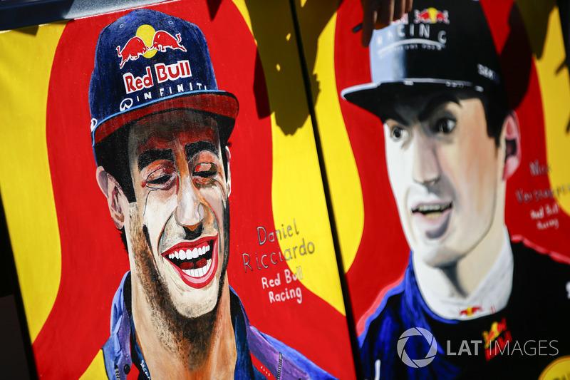 Las pinturas de un fan de Daniel Ricciardo, Red Bull Racing y Max Verstappen, Red Bull Racing