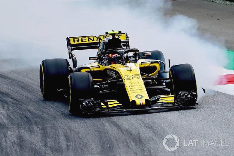 Carlos Sainz Jr., Renault Sport F1 Team R.S. 18 locks up