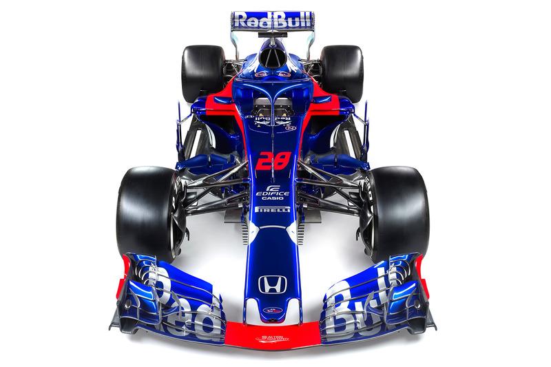 Презентация Toro Rosso STR13