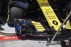Vue détaillée de l'aileron avant de la Renault Sport F1 Team R.S. 18