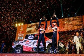 Podium : Toyota Gazoo Racing Toyota Hilux: Nasser Al-Attiyah, Matthieu Baumel