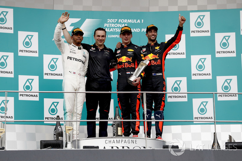 Second place Lewis Hamilton, Mercedes AMG F1, Dan Fallows, Chief Engineer Aerodynamics, Red Bull Racing, Max Verstappen, Red Bull Racing, race winner, third place Daniel Ricciardo, Red Bull Racing, on the podium